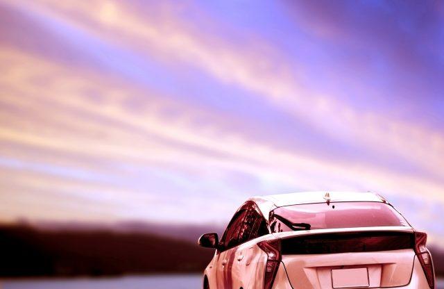 カーリース中古車と新車のメリット