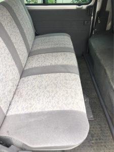中古車カーリース大阪、兵庫 マツダ ボンゴバン 後部座席