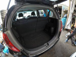 中古車カーリース ホンダフィット トランク スペース リアゲート 外装